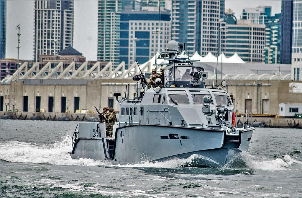 US Navy MKVI patrol boat.jpg
