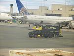 United Airlines Boeing 757-33NN;N77871@ Hawaii Honolulu International Airport 2014-07-22.JPG