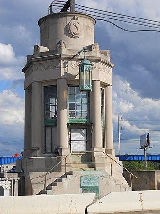 University Avenue Bridge - Image: University Avenue Bridge, Philadelphia 03