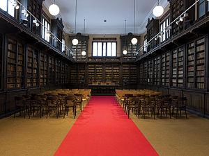Biblioteca Museu Víctor Balaguer - The Víctor Balaguer Museum's library.