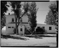 VIEW OF EAST FACADE (FRONT) - Fort Belknap Indian Agency, Employees Club, Fort Belknap, Blaine County, MT HABS MONT,3-FOBEL,1-A-2.tif