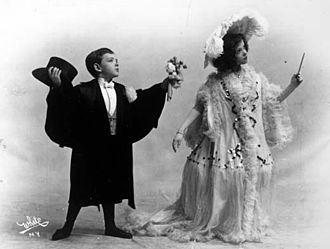 Fred Astaire - Fred and his sister Adele in 1906