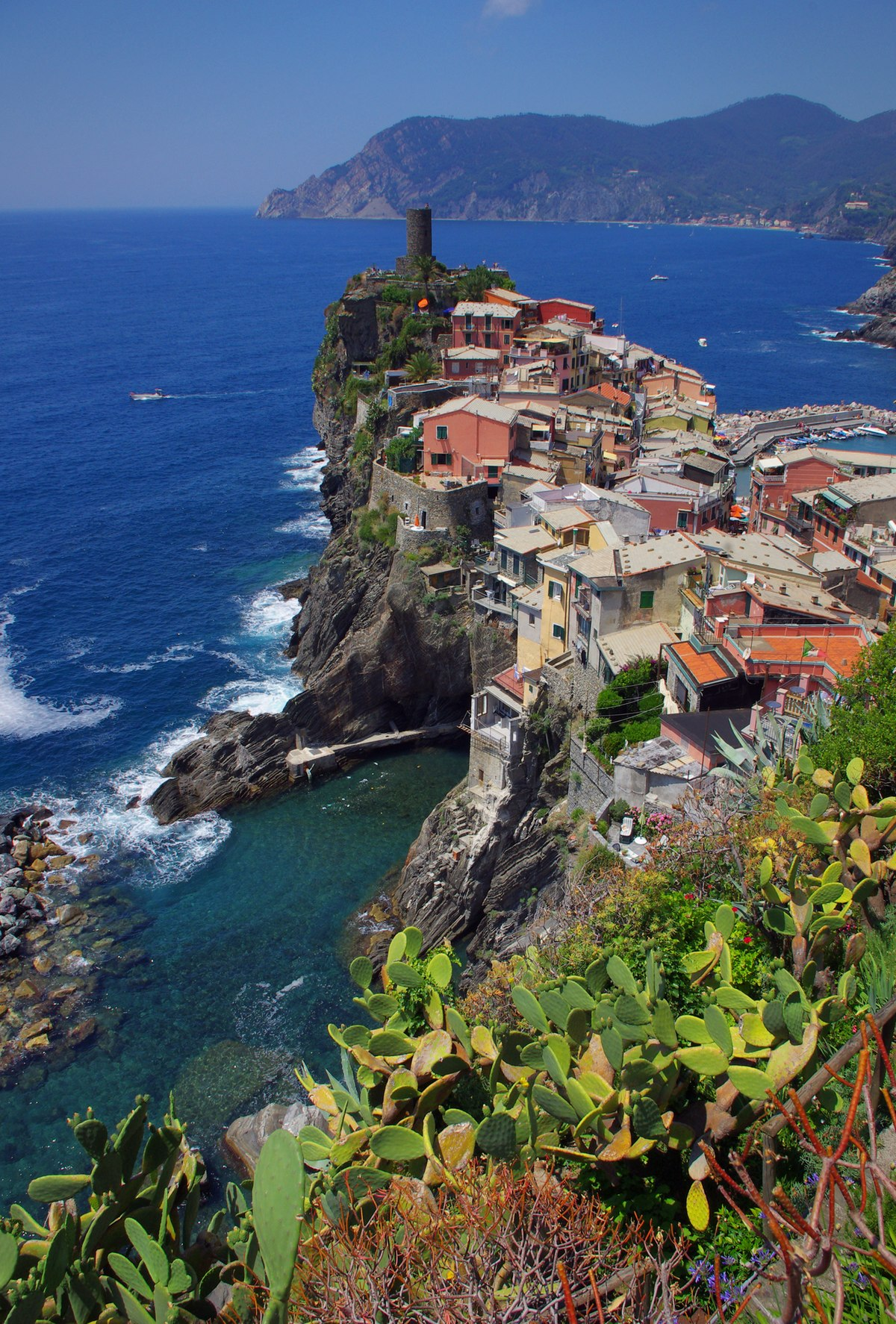 Vernazza Travel Guide