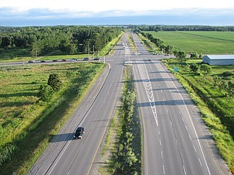 Limited-access road - The Veterans Memorial Parkway in London, Ontario is a modern at-grade expressway, with intersections