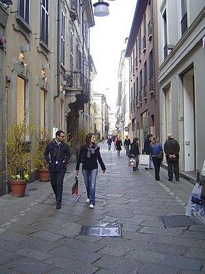 Via della Spiga - Via della Spiga, a pedestrian zone