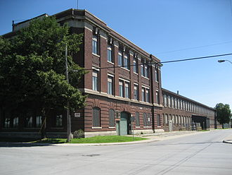 Studebaker Canada - Old Otis Elevator/ Studebaker (and Allan Candy) plant building on Victoria Avenue North
