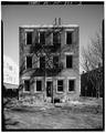 View East, West Front - 77 Dayton Avenue (Apartment Building), 77 Dayton Avenue, Passaic, Passaic County, NJ HABS NJ,16-PASA,5-3.tif