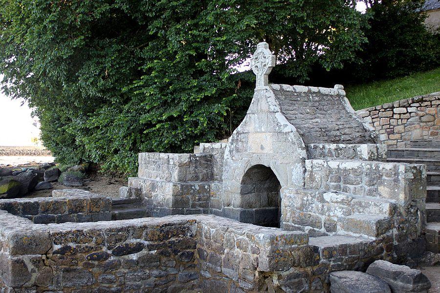 Fontaine de Saint-Cado, Fr-56-Belz.