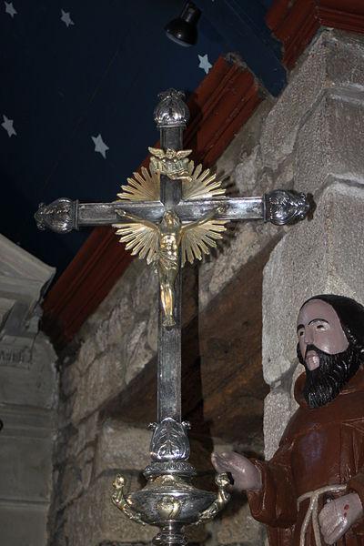 Croix de procession, chapelle Saint-Philibert, dite Notre-Dame des Flux et Reflux ou Notre-Dame du Ster, Fr-56-Ploemel.