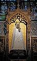 Walcourt Statue Notre-Dame R01.jpg