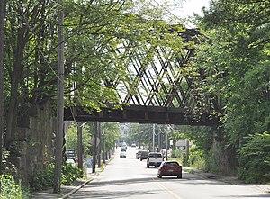 Linden Street Bridge - Image: Waltham MA Linden Street Bridge