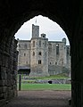 Warkworth Castle2 (1195742937).jpg