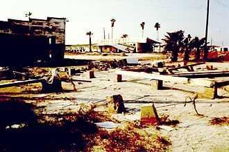 Timeline of Corpus Christi, Texas - Image: Wave View Apt 02 Ruins in Corpus Christi TX after Hurricane Allen