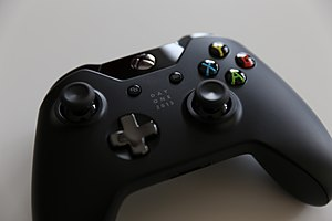 Xbox One Controller (11044311844).jpg