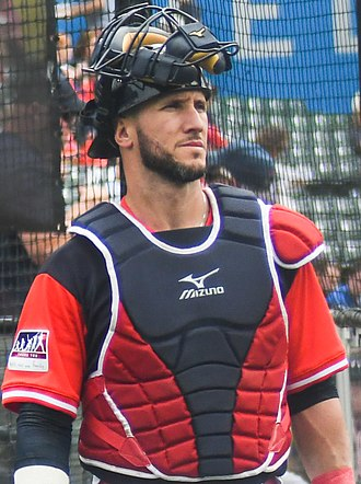 Yan Gomes - Gomes with the Cleveland Indians in 2017