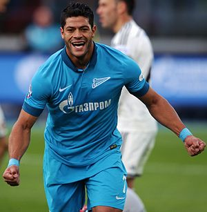 Hulk (footballer) - Hulk playing for Zenit Saint Petersburg in 2015