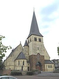 Zolder - Sint-Hubertus- en Vincentiuskerk.jpg