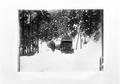 Zwei Lastwagen auf einer verschneiten Strasse - CH-BAR - 3241610.tif