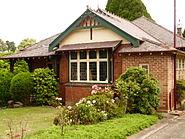 (1) Kapsalie Federation Cottage
