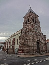 Église Saint-Georges de Saint-Georges-d'Aurac.jpg