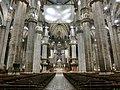 ミラノのドゥオモ:大聖堂内部4 (36309441404).jpg