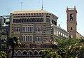 064 Edifici La Isla de Cuba i campanar de Sant Martí (València).JPG