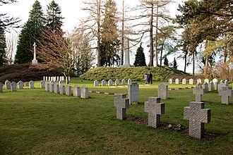 Saint-Symphorien, Belgium - Image: 0 Cimetière militaire binational de Saint Symphorien (1)
