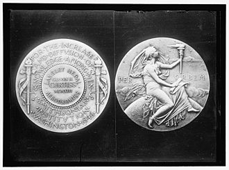 Langley Gold Medal - Face and obverse of the 1913 Langley Medal awarded to Glenn Hammond Curtiss