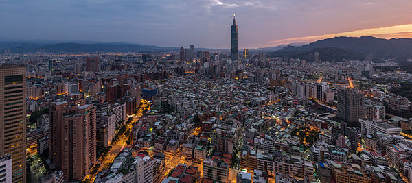 1 taipei sunrise panorama dxr edit 141215 1.jpg