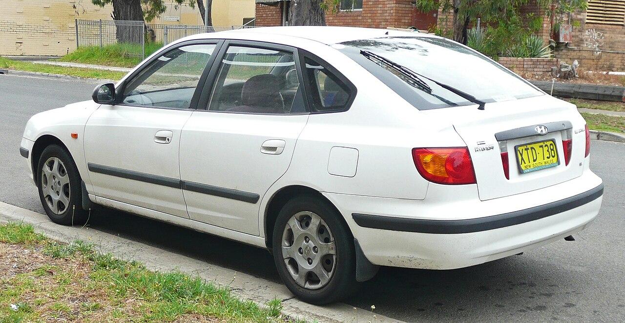 Hyundai Elantra (Lantra 3) хэтчбэк