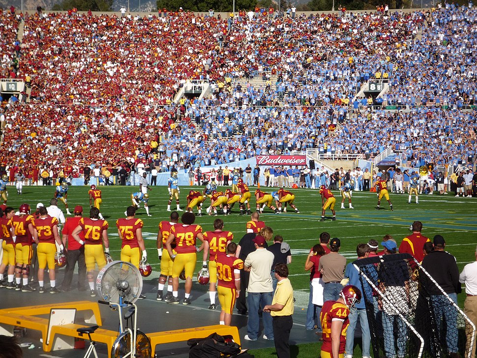 2008-1206-USC-UCLA-009-RB-redblue