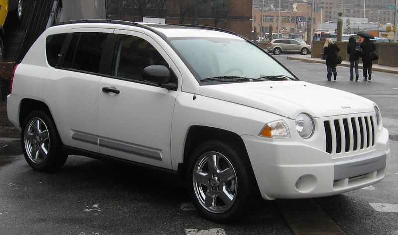 800px-2008_Jeep_Compass.jpg