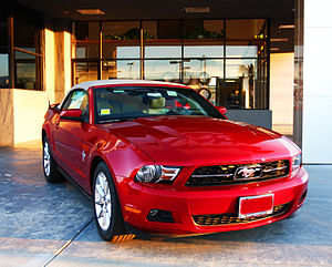 Ford Mustang (fifth generation) - Image: 2010 Mustang Convertible (3978957062)
