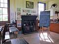 2011 Schotland Highland Folk Museum - Knockbain School - gietijzeren fornuis 28-05-2011 17-43-53.jpg