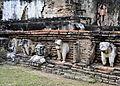 201312131145c HL ps Sukothai, Wat Mahathat.jpg