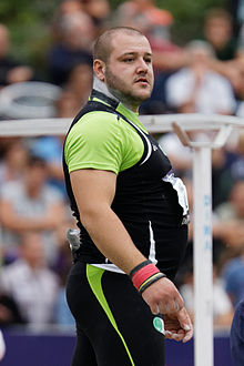 2014 DécaNation - Shot put 15a.jpg