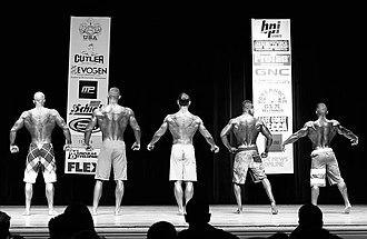 John Quinlan (wrestler) - Image: 2014 NPC Jay Cutler Classic Men's Physique Model John Quinlan (far left)