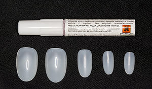 Artificial nails - Artificial nails and glue