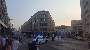 June 2017 Brussels Central Station attack - Police closing the area around Brussels Central train station