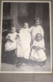 4 children by F L Saunders of Woodward Oklahoma.png