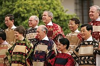 President Arroyo, President Bush and other state leaders at the 2004 APEC Trade Summit