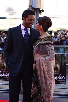 Abhishek n Aishwarya at Raavan London premiere.jpg