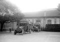 Abteilungransport des Brotes an die Truppe mit Lastwagen - CH-BAR - 3240843.tif