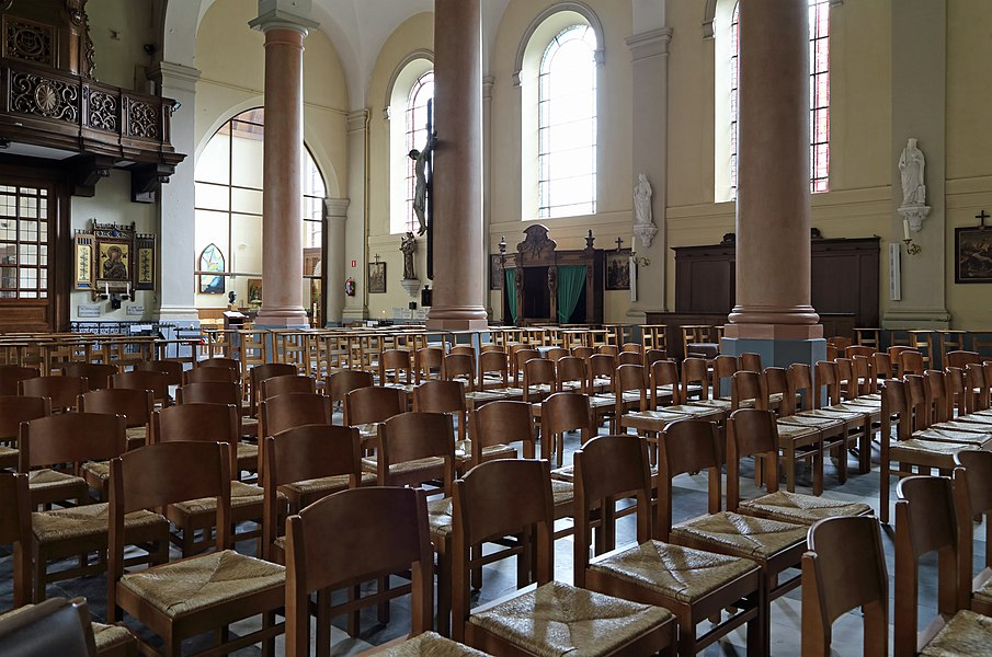 Adegem (municipality of Maldegem, province of East Flanders, Belgium): interior of St Adrian's church