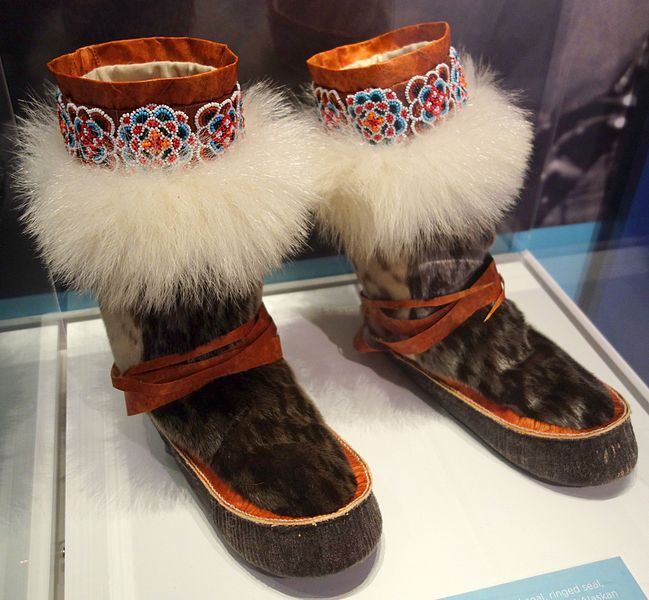 File:Alaskan boots, Inupiat, 1989, bearded seal, ringed seal, spotted seal, caribou, polar bear - Bata Shoe Museum - DSC00406 (crop).JPG