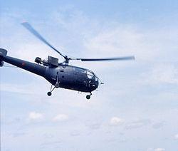 Alouette III fazendo uma evacuação sanitária