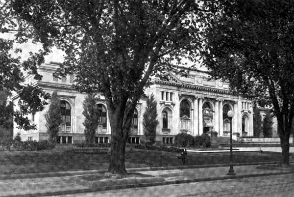 Americana 1920 Libraries - Washington, D.C. Public Library.jpg