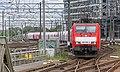Amsterdam Centraal DBS 189 085 met kalktrein naar Beverwijk (14785922958).jpg