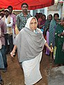 An old lady arrives to cast her vote at a polling booth of Mohla-Manpur (SC) Assembly constituency, during the first phase of polling for Assembly Election in Chhattisgarh on November 11, 2013.jpg