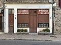 Ancien restaurant pizza à Saint-Julien-Molin-Molette (2020).jpg